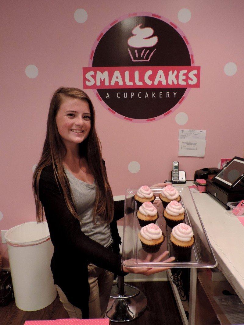 Lexi presents Vanilla Pink Sugar Crystal Cupcakes.