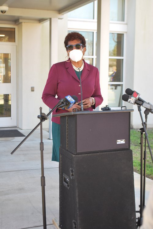 Savannah-Chatham County School System Superintendent Ann Levett announces the arrival of the first shipment of food from Second Harvest Food Bank to Andrea B. Williams Elementary School on Feb. 16.