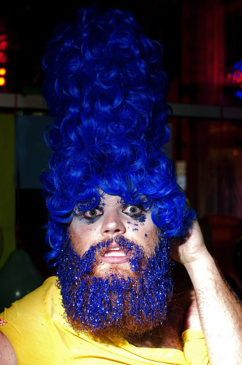 Anita Shave: the blues look good on you!