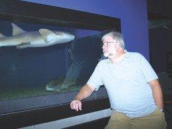 leadstory--aquarium-bob-2a.jpg