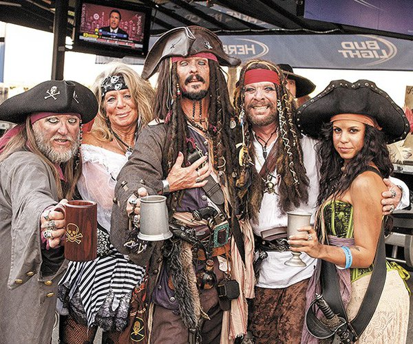 fa-fest-pirates.jpg
