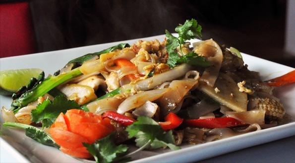 foodie-padthai.jpg