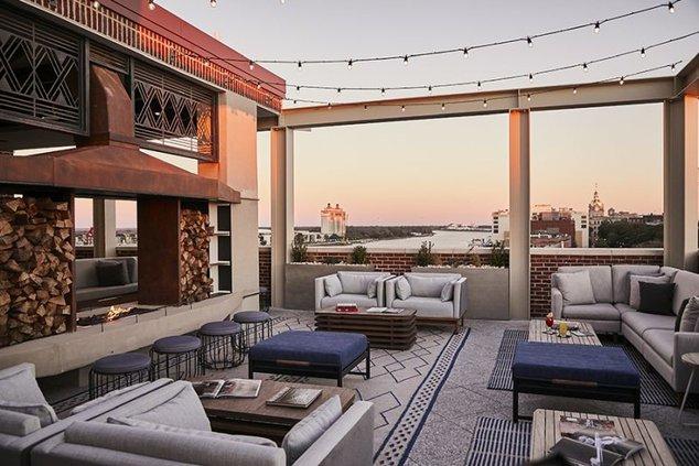 rooftops-alida_20190476.jpg