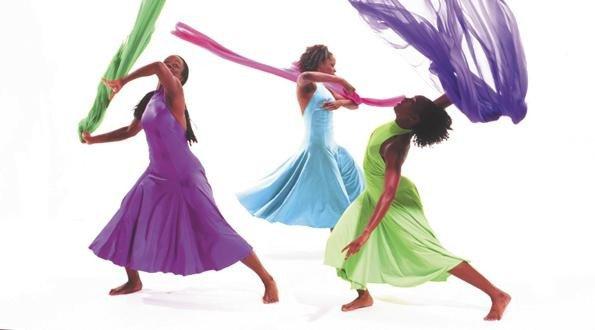 dance-3girls1-21.jpg